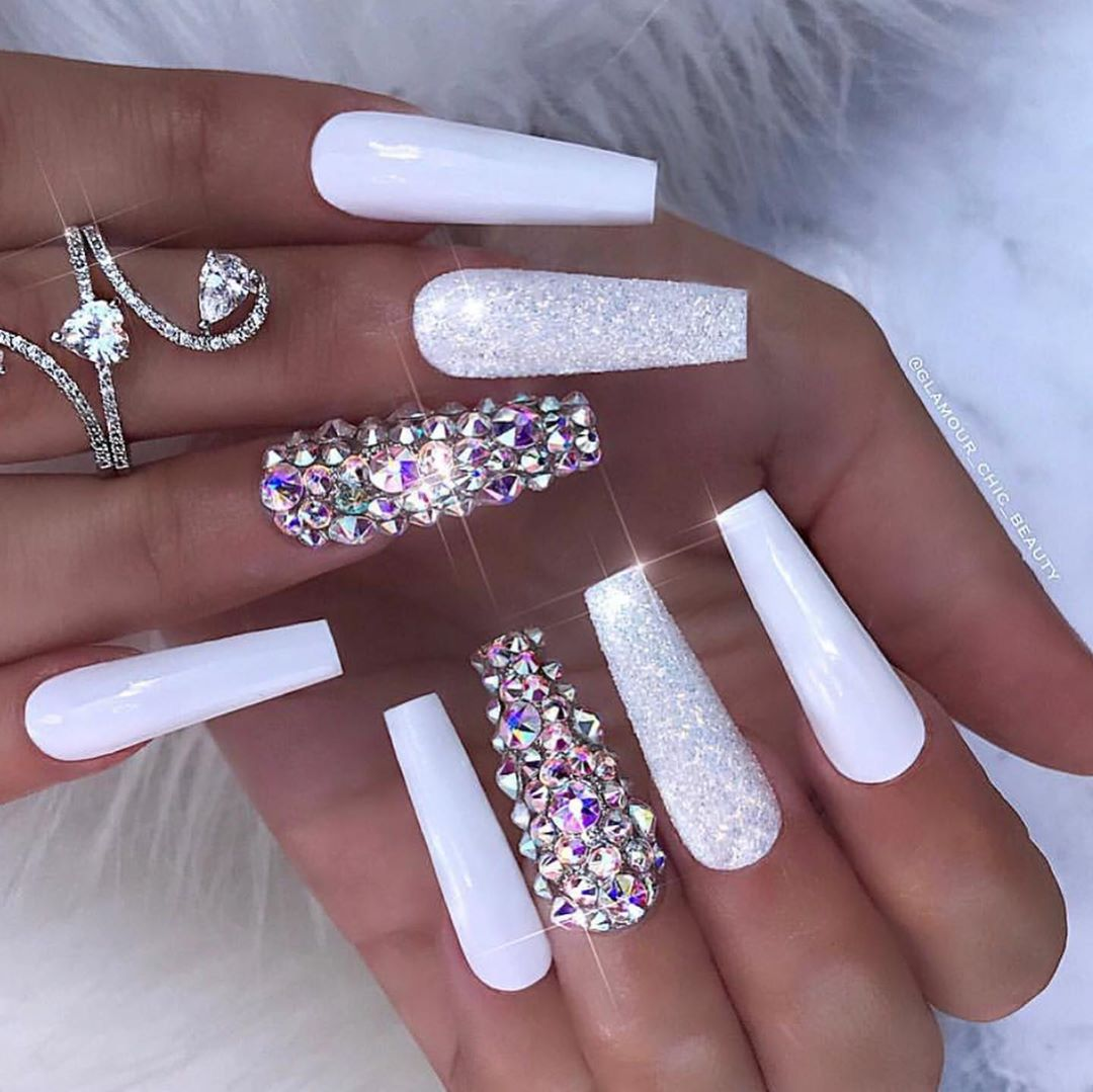 Snowflake 1,2,3,4 or 5? Which ones do you prefer?: : : : : @leah.prettylikeyou