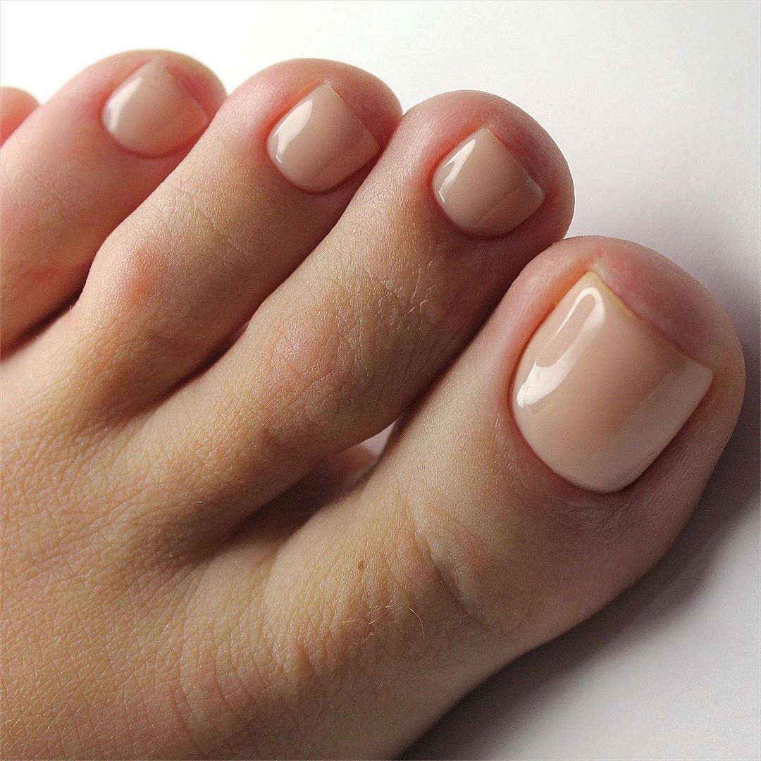 Ideal pedicure from Pleasure for eyes...@makeupartists_worldwide
