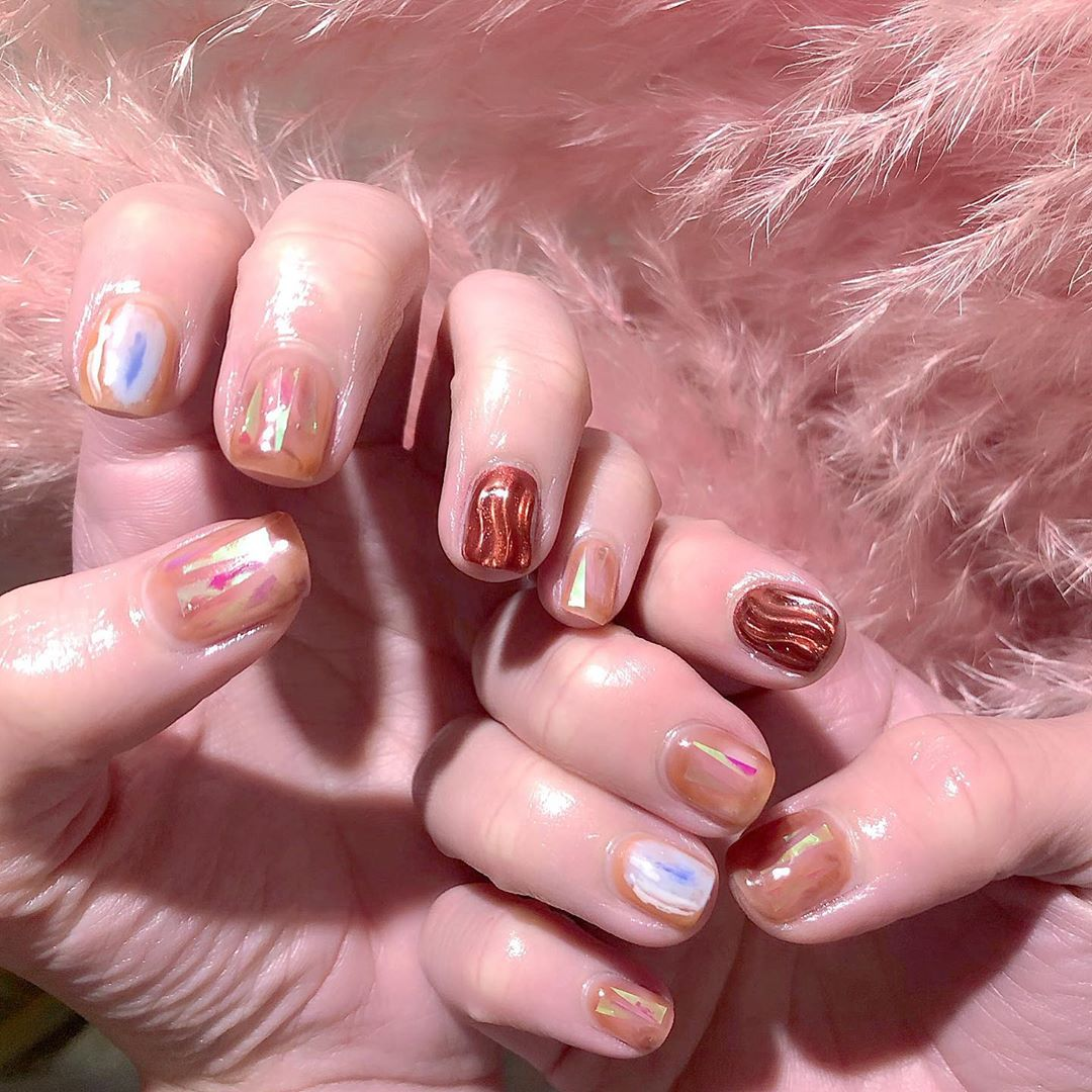 Such a perfect Wednesday afternoon. ...Welcome All The Nail Art LoverReservations please call: 096-669-2996 or Line: benbenz.bbNailart  Manicure  Pedicure  Spa services glitternails